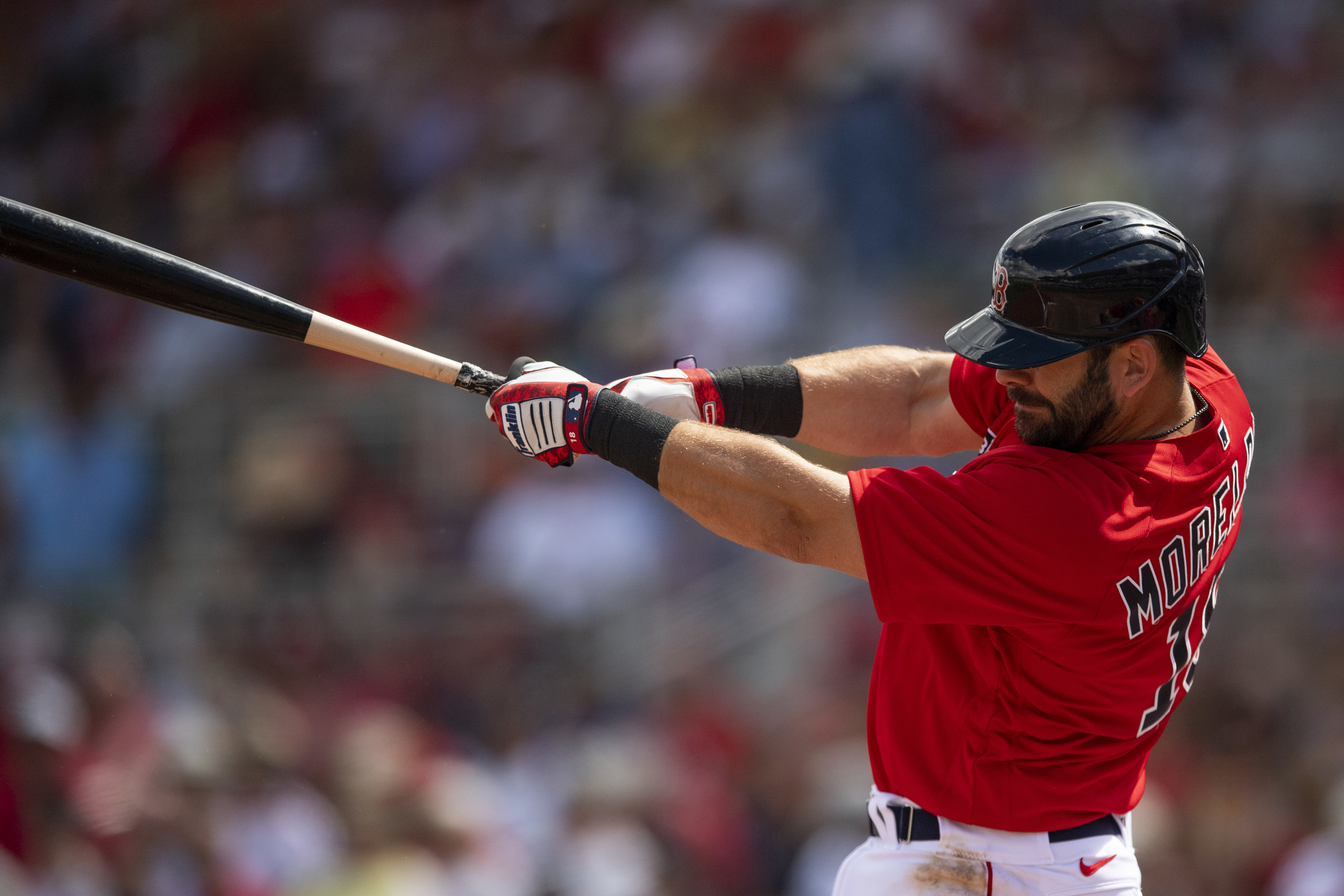 Red Sox: Mitch Moreland is making the best out of the MLB shutdown